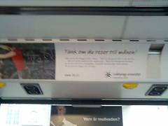 Annons på insidan av buss: 'Tänk om du reser till månen'
