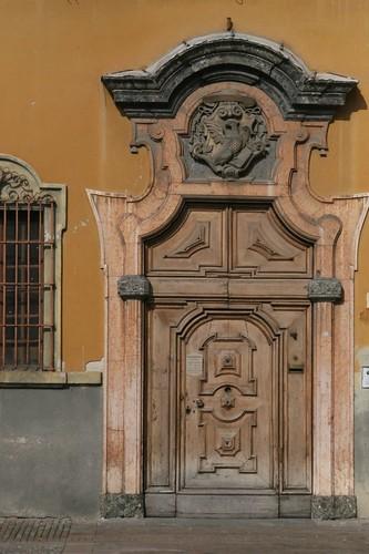 An inviting door in Parma