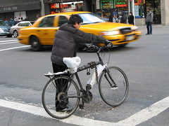 "Bike in New York City (MayteVidri (busy / ocupada)) Tags: street nyc travel viaje vacation people ny newyork motion bike t moving trabajo calle movement travels gente action candid taxi working bicicleta social movimiento personas viajes bici fav vacaciones bycicle candido nuevayork mayte cándido novayork acción robado sd550 thebestbravo ixus750 ""street outstandingshots scene"" vidri mywinners escenacallejera maytevidri colorphotoaward isawyoufirst travelerphotos diamondclassphotographer flickrdiamond 200602260121 streetworking"