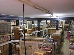 Kruimeltje (TonZ) Tags: bookstore enschede boekhandel kruimeltje