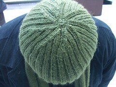 Ribbed hat -- fancy top!