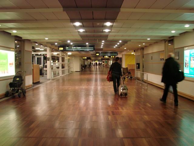 Lotnisko w Kopenhadze - korytarz