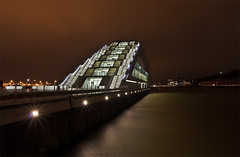 Dockland@night (killerkarpfen05) Tags: night nacht hamburg hafen dri dockland