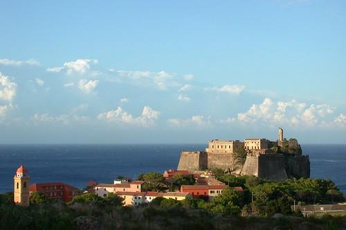 Capraia, Forte San Giorgio, Fotografía: mastino70