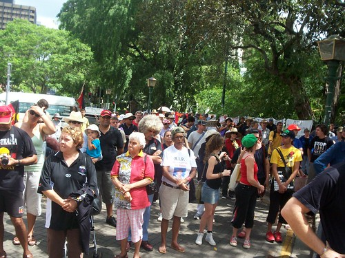 Audience - Invasion Day Rally and March, Parliament House, George St, Brisbane, Queensland, Australia 070126-4