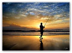 Pescador (T Glow) Tags: seascape bravo searchthebest quality nikond200 magicdonkey outstandingshots outstandingshotshighlight gaivotaspr anawesomeshot impressedbeauty superbmasterpiece