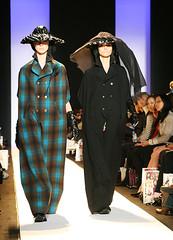 Alexandre Herchcovitch 2 (Daniella Zalcman) Tags: modeling models mercedesbenz gothamist fashionshow bryantpark fashionweek thetent alexandreherchcovitch mercedesbenzfashionweek fashionweek2007 fall2007