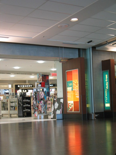 """airport montreal 07 • <a style=""""font-size:0.8em;"""" href=""""http://www.flickr.com/photos/30735181@N00/388408957/"""" target=""""_blank"""">View on Flickr</a>"""