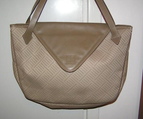 Väska från Givenchy