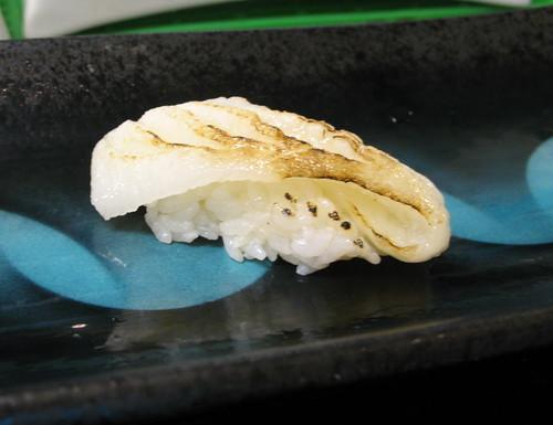 IMG_1730 比目魚鰭邊握壽司