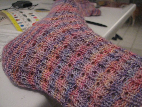 momma socks - the eyelet pattern