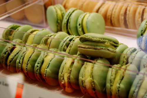 olive oil macarons