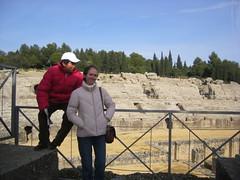 JOSEFA Y JUAN EN COLISEO (ANTONIO1954) Tags: italica