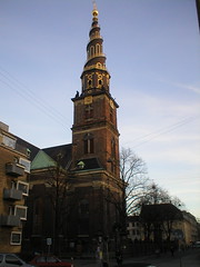 Vor Frelsers Kirke (Ellefson) Tags: our tower church copenhagen bell steeple spire twisted vor kbenhavn kirke saviour vorfrelserskirke frelsers churchofoursaviour