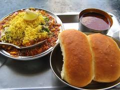 Highway meal (shubhangi athalye) Tags: food india color lemon highway colorful indian bombay maharashtra sev spicy pav indianfood masala usal kolhapur maharashtrian misal misalpav virangula bhoinj