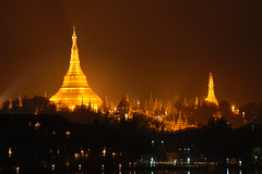 Shwedagon Pagoda from Kandawgyi Lake (YES_IAM) Tags: travel light lake night gold pagoda asia shwedagon burma lp myanmar ragoon kandawgyi