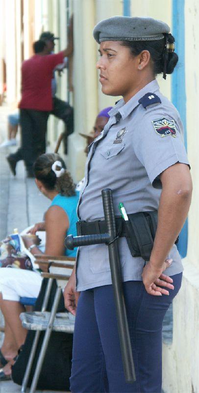 Cuba: fotos del acontecer diario - Página 6 355724310_466e56e93a_o