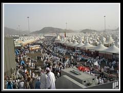 ~ Hajj 2006 حج ~ (I Can) Tags: white mountain yellow muslim islam 2006 tent kuwait mena hajj ksa moslim 1427 aircondition كويت أبيض جبال خيمة اسلام مسلم مخيم أصفر منى سعودية حج