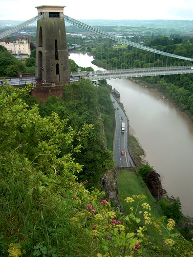 Brunel bridge over Avon Gorge: Clifton