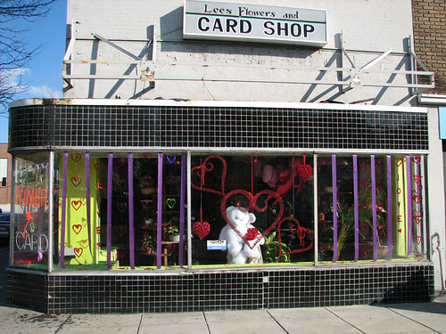 Lee's Flowers and Card Shop