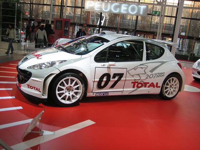 Peugeot 207 1.6 16v HDi (2006)