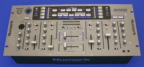 Numark AVM02 Unboxing 04