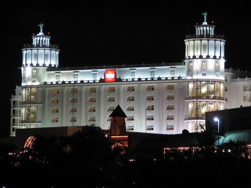 Riu Palace at night