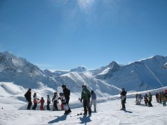 CanonA630 175 (Daniel Matthew) Tags: panorama snow france mountains alps ice snowboarding landscapes skiing valley february 2007 pistes slopes lesarcs