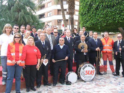 Grupo Skay con la Cruz Roja