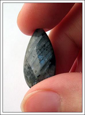 bluepearl-pendant