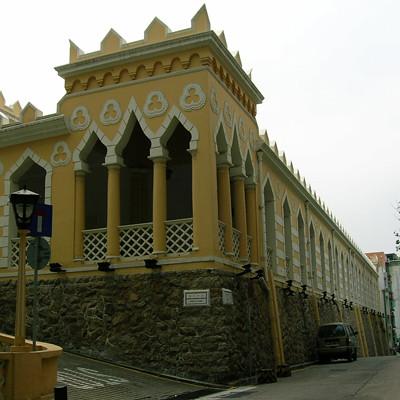 港務局大樓正門