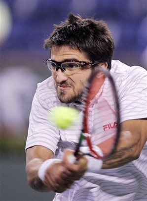 3d9befa3b5 Two great tennis players sporting glasses. Whatever you wear