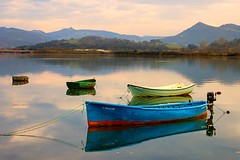 More boats (Ignacio Lizarraga) Tags: winter boats evening botes spain bravo nikond50 invierno tarde cantabria zyber abigfave superaplus aplusphoto montehano goldenphotographer