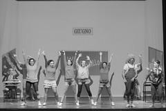17238 - Nel paese dei balocchi (Diego Rosato) Tags: pinocchio spettacolo show teatro theater nikon d700 85mm rawtherapee bianconero blackwhite paese balocchi ballo dance musical canzone song lucignolo
