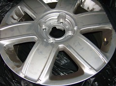 Damaged Alloy Wheel - by Alan_D