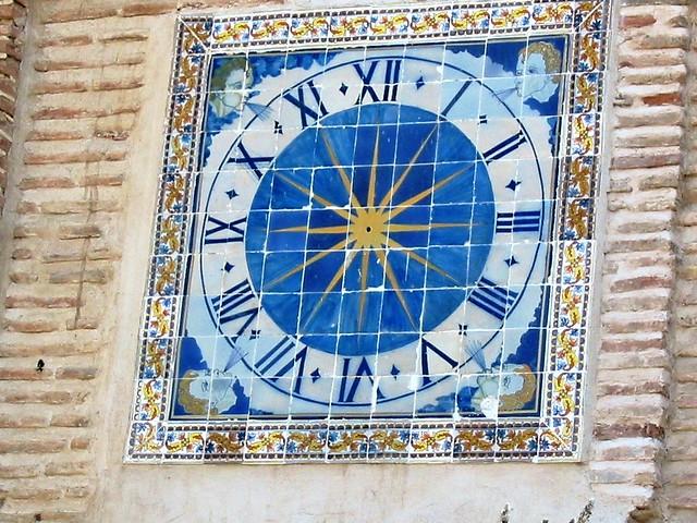 Reloj de Sol en la Torre Mudéjar de San Pedro Mártir.