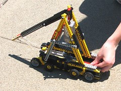 How To Build A Mini Lego Trebuchet