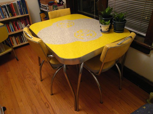 formica & chrome kitchen table