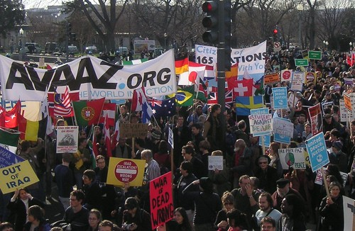 Avaaz_flags_march