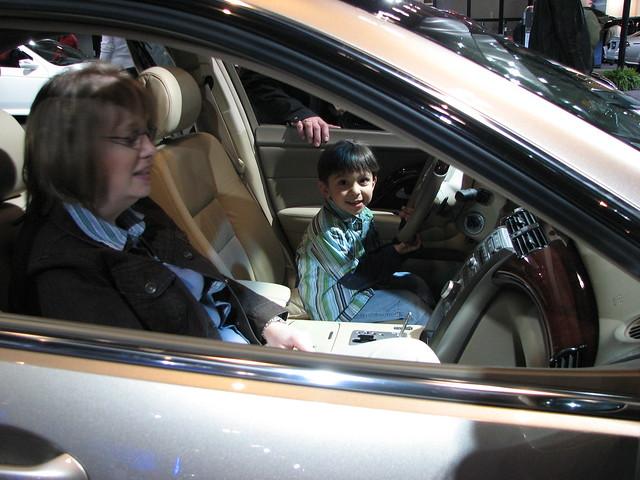 show toronto ontario canada car automobile autoshow legend acura rl 2007 canadianinternationalautoshow 2007canadianinternationalautoshow