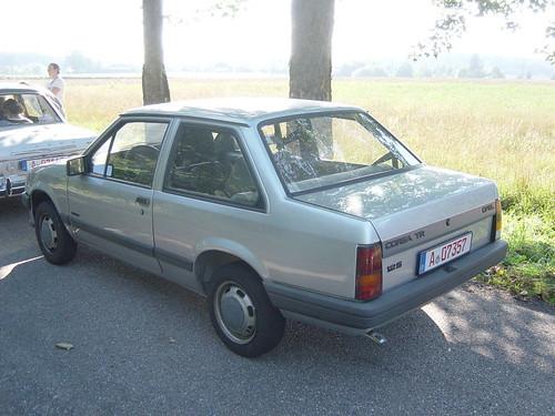 Opel Corsa TR 1.2