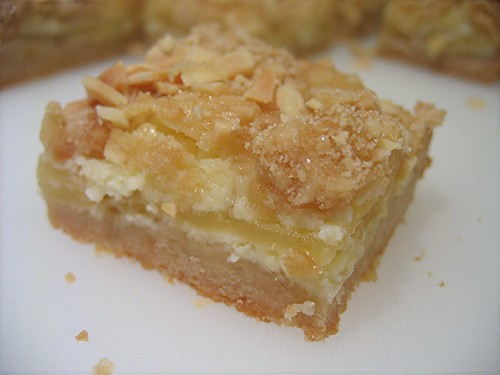 almond apple bar1