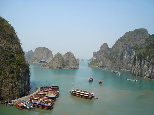 Vietnam -Ha Long bay