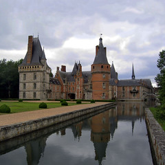 Chateau de Maintenon (R. O. Flinn) Tags: france chateau francerambouillet parisenvirons