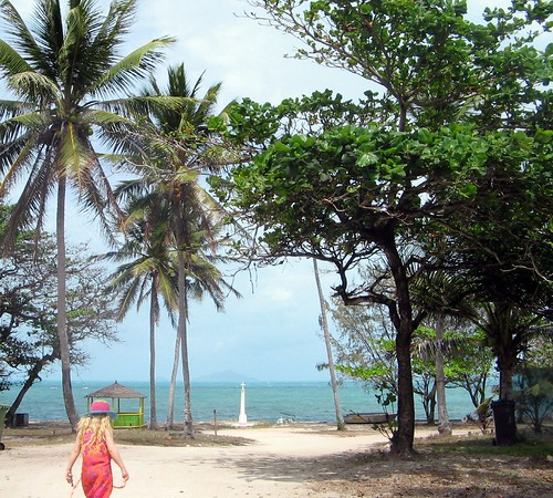 Moni Beach Bound