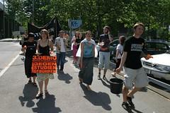 IMG_0913 (quox | xonb) Tags: germany europe stuttgart gegenstudiengebhren protest uni knigstr studenten id210605dienst id210605spontan2