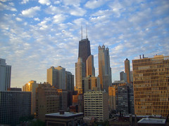 Golden Chicago Morning (Jeff Clow) Tags: travel usa chicago topf25 topv111 skyline 1025fav 510fav bravo topc50 interestingness1 itsongselection1 lonelycity itsongpentaxoptios4 itsongmegacitiesnamerica jeffclow