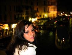 rialto bridge night (*helmen) Tags: portrait people italy sexy water girl beauty topv111 night person topv333 europe outdoor topv444 babe 25 brunette vignetting venezia