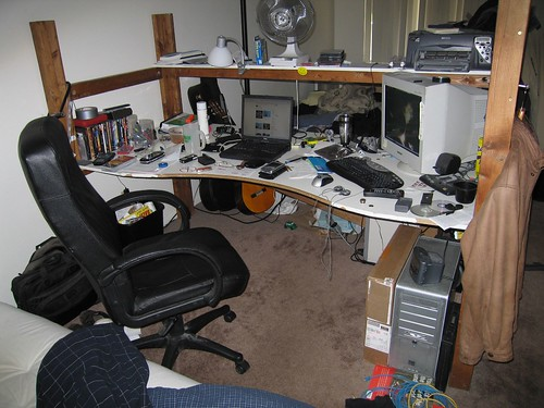 computer desk gadgets