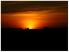 Today Sunset V, Just For You My Friends! Because You Deserve :) (.Tatiana.) Tags: topc25 topv111 prdosol bragana 010705 fotoclube siteparavendadefotos httpwwwplanobfotodesigncom fototatianasapateiro